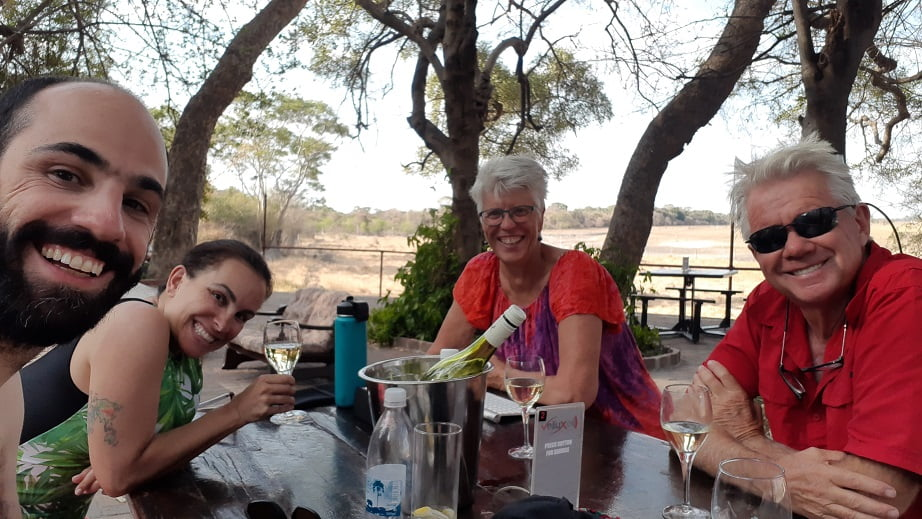 Fim de tarde no hotel Island Safari no Delta do Okavango, Botswana