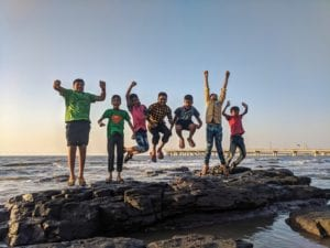 Adolescentes na Praia - Foto Guduru Ajay bhargav, Pexels