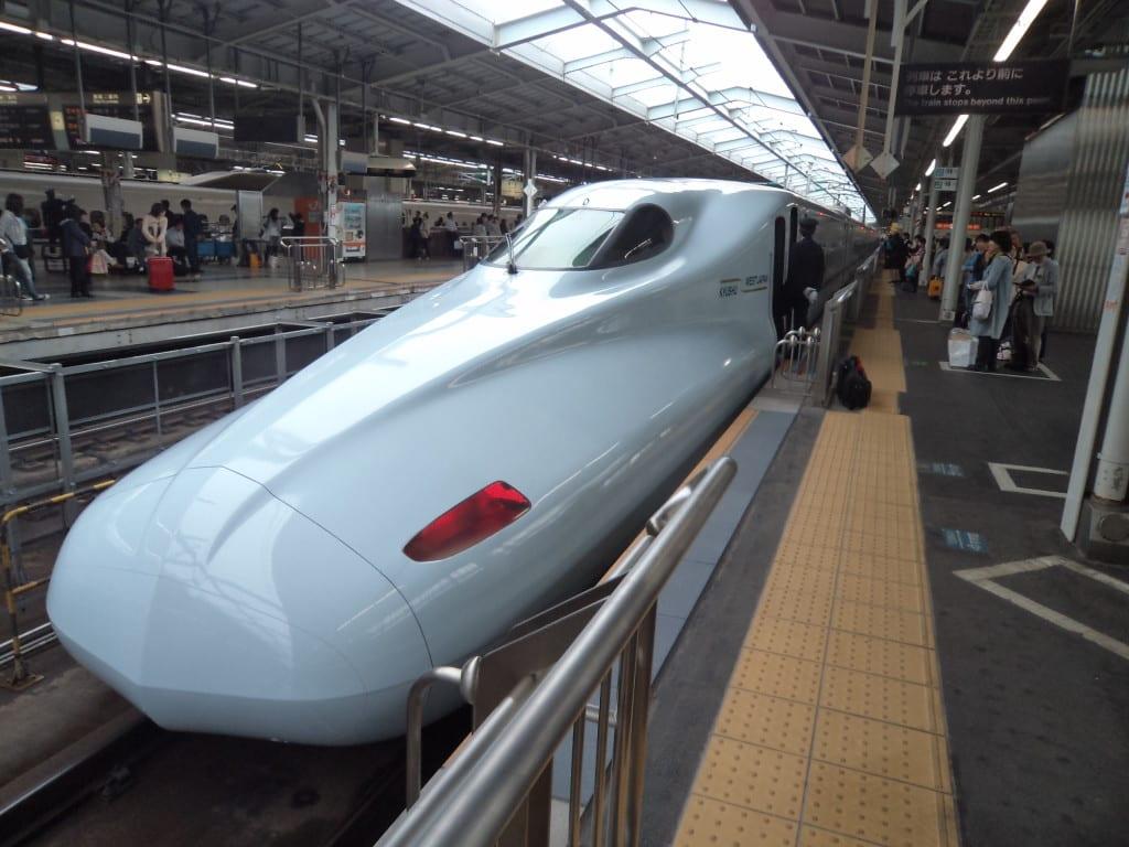 Shinkansen , trem bala no Japão com o JR Pass