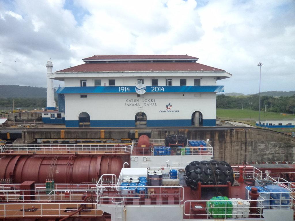 Eclusas de Gatun - o outro lado do Canal do Panamá