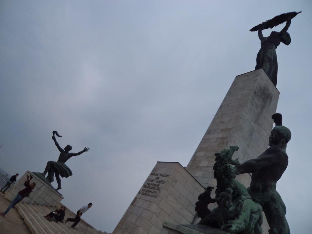 A estatua da liberdade de Budapeste, no Gellert hill