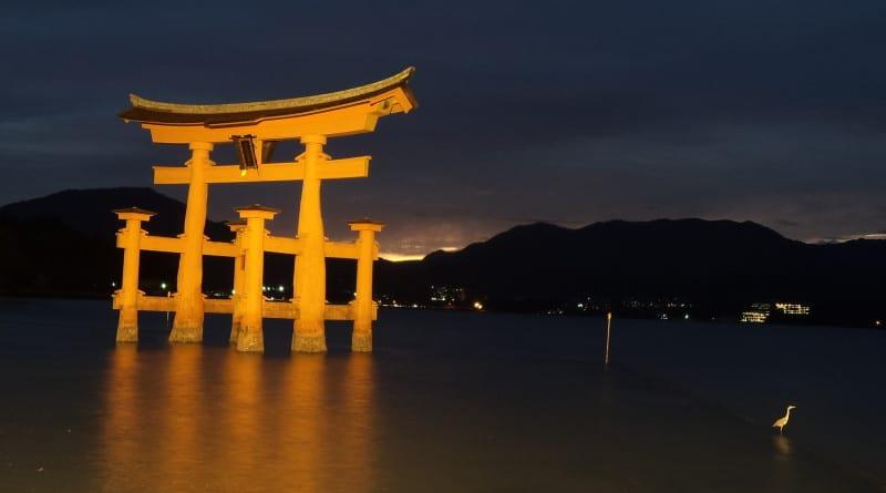 Um dos Toris mais importantes do Japão, em Miyajima