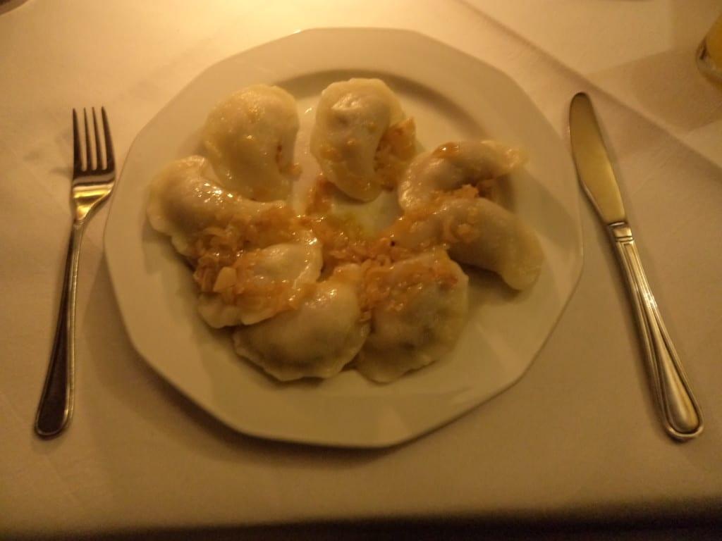 Pierogi, prato típico Polonês