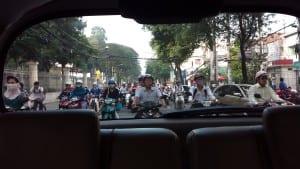 Caos da Motocicleta em Ho Chi Minh, Vietnã
