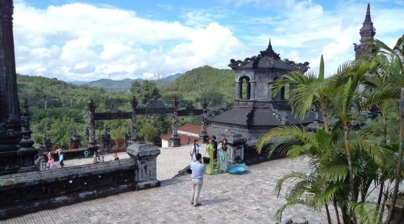 Vista da tumba de Khai Dinh - Hue, Vietnã
