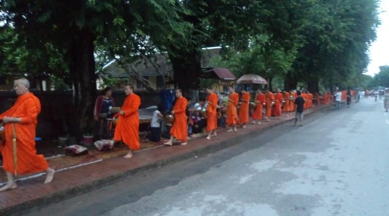 Giving Souls cerimony - Luang Prabang, Laos