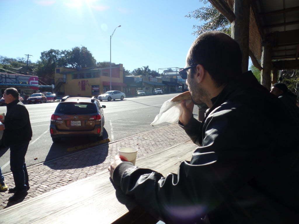 07 - Cafezinho no famoso e charmoso café Jo s na SoCo - Austin, EUA