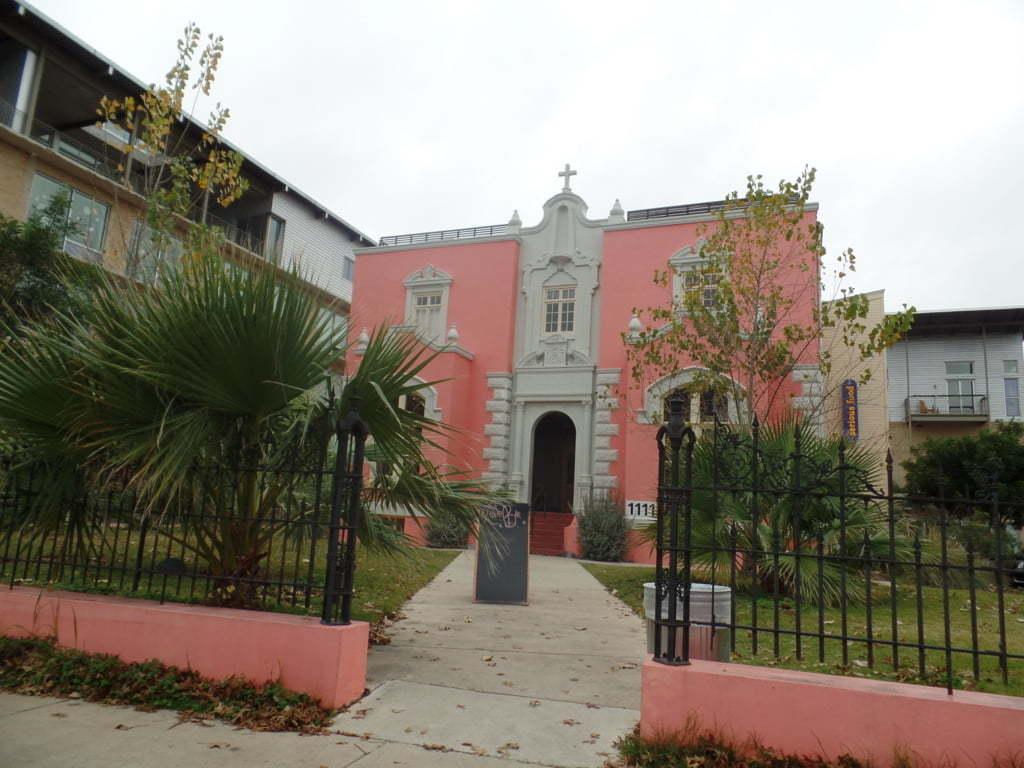 10 - Velha mansão na King William District, hoje um bar - San Antonio, EUA