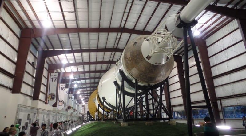 Saturn V, um dos fogetes da NASA nas missões para a Lua - Space Center Houston, EUA