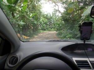 As vezes as estradas de terra podem ficar precárias, Costa Rica