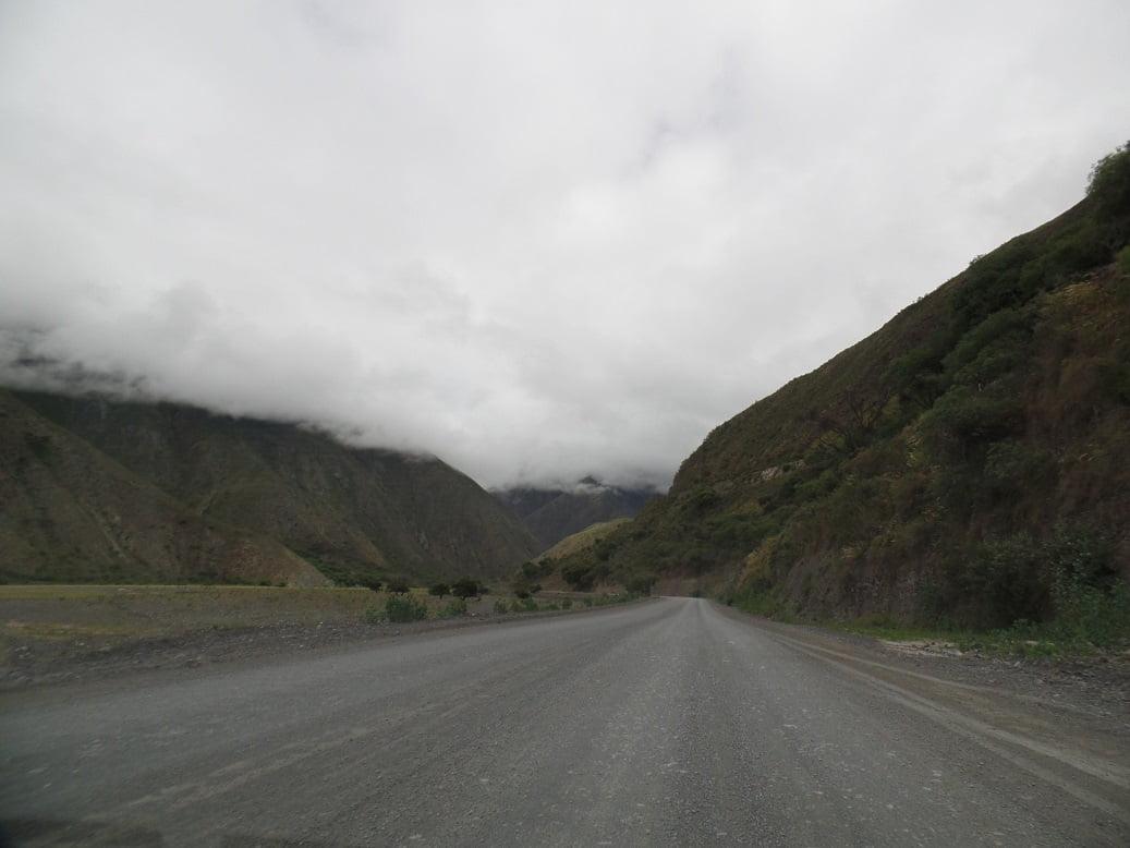 Caminho no trem para ponte La Polvorilla, Tour Tren a las Nubes
