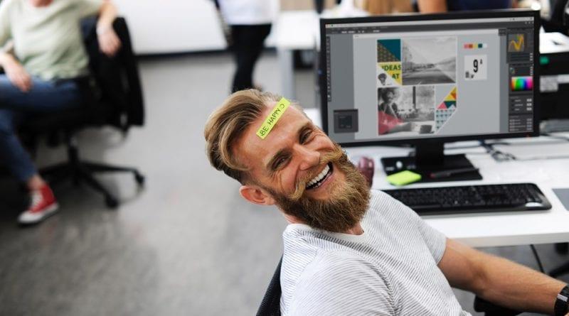 Irlandês trabalhando - Foto Pexels_v2