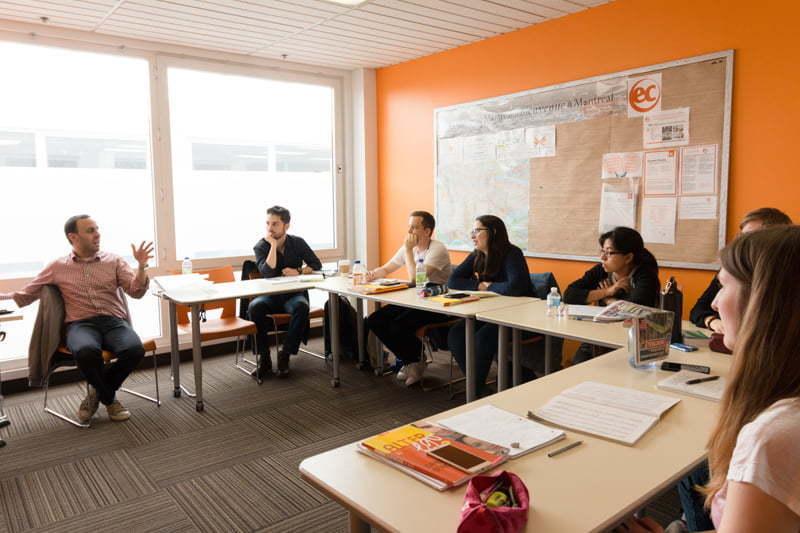 EC - escola no Canadá